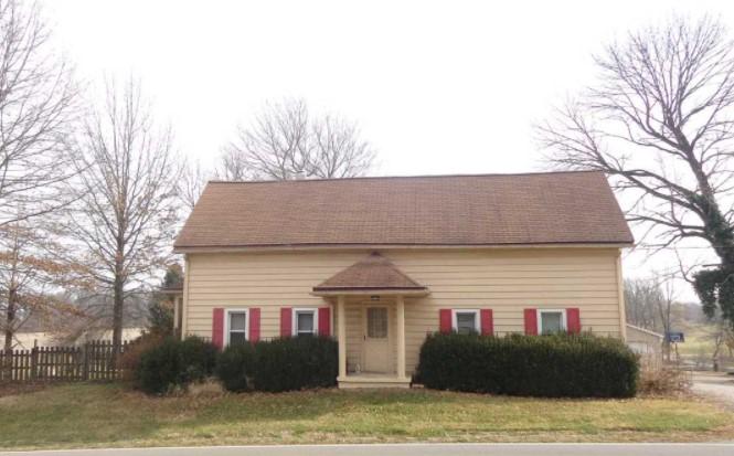 13915 N Saint Joseph Ave, Evansville, IN 47725 $174,900