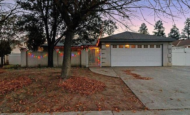 494 Armstrong Ave, Clovis, CA 93611 $315,000