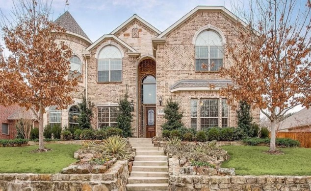 A house at 830 Cedarbluff Dr, Rockwall, TX 75087