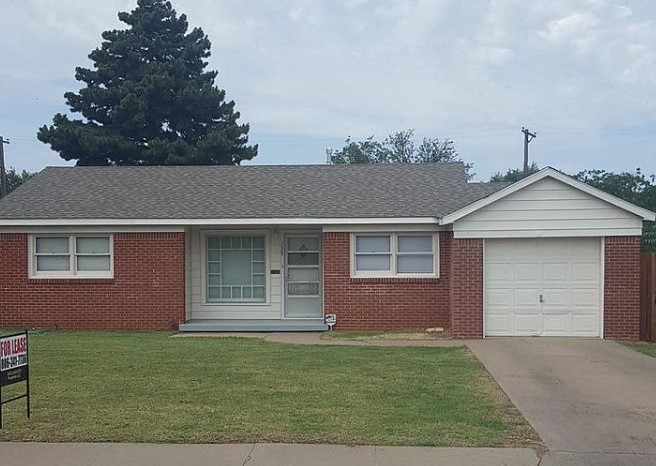 A house for rent at 135 N Goliad St, Amarillo, TX 79106